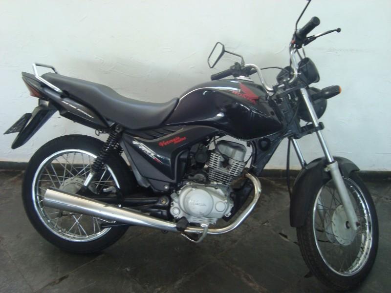 Honda-CG-150-Fan-ESI-de-cor-preta